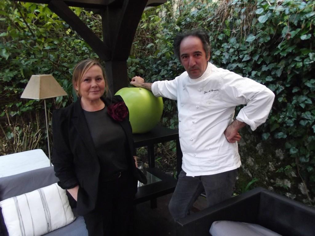 José Antonio Campoviejo y su mujer, jefa de sala del local, Yolanda Vega